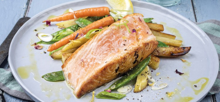 Gasträume-Lachs gebraten